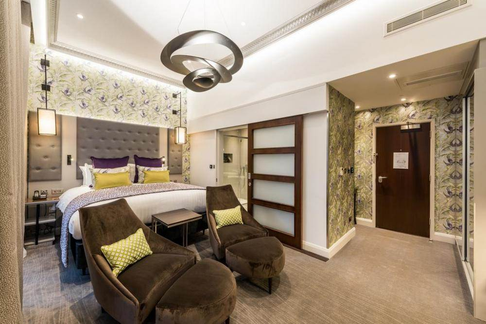 Mercure London Hyde Park Junior Suite